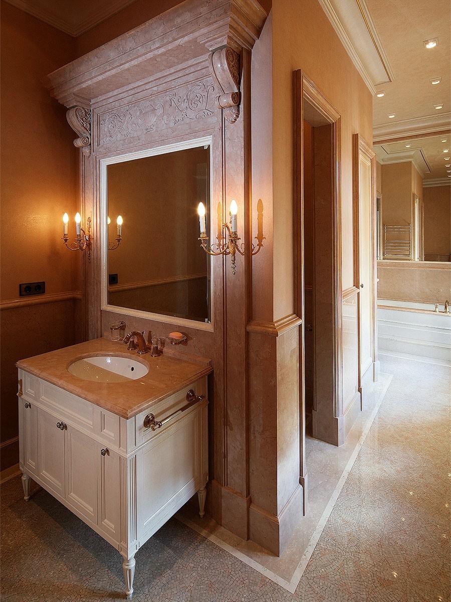 Создание классического интерьера ванной комнаты в квартире в романовом переулке
