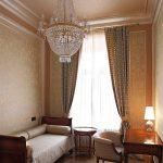 Интерьер гостевой спальни в классическом стиле Романов пер Москва